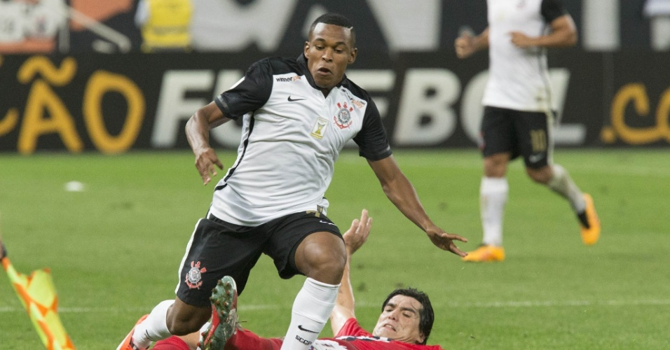 Alan Mineiro, meia do Corinthians