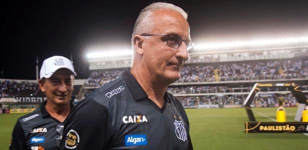 Dorival Júnior é provocado constantemente em jogos do Santos na Vila Belmiro