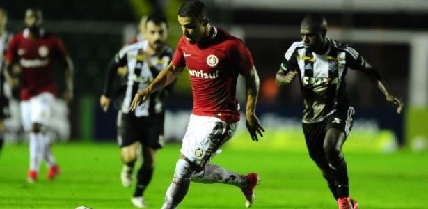 Internacional e Figueirense se enfrentam pela Série B do Campeonato Brasileiro