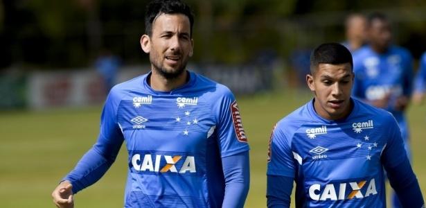 Ao lado de Romero, Ariel Cabral está ajudando Messidoro a se adaptar no novo clube