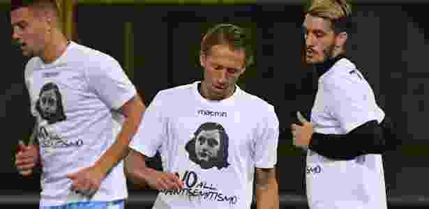 Jogadores da Lazio usaram camisas com imagem de Anne Frank no aquecimento - Gianni Schicchi/AFP