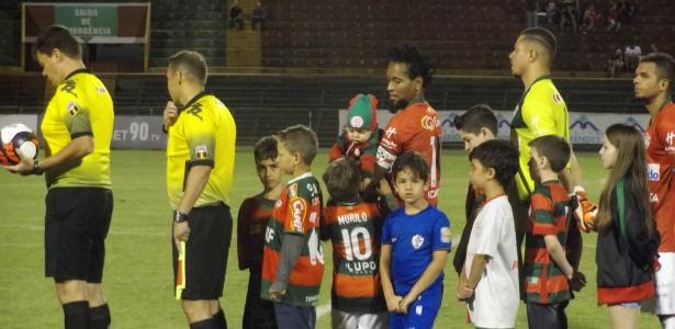 Ex-jogador atuou os 90 minutos da vitória da Lusa paulista sobre a paranaense