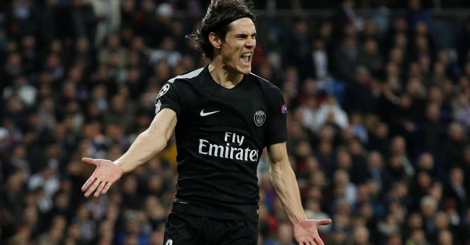 Cavani reclama de jogada em Real Madrid x PSG