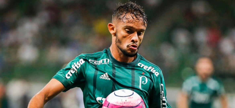 Gustavo Scarpa em ação pelo Palmeiras; CBF foi notificada antes mesmo da publicação do acórdão - Ale Cabral/AGIF
