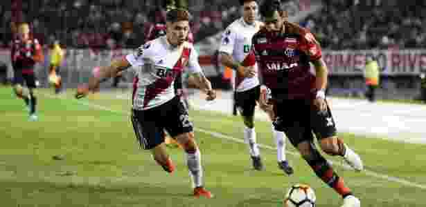 41f5cf1556 Flamengo só empata com River e entra no caminho de gigantes nas oitavas