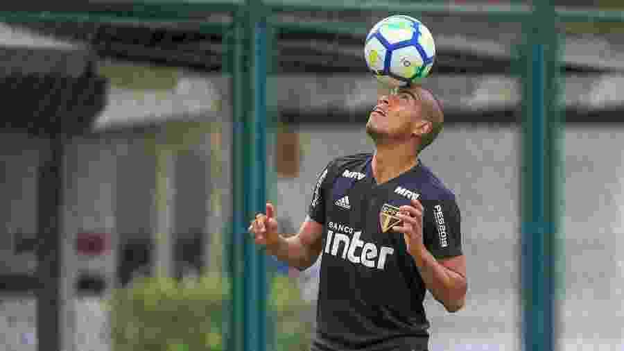 Régis também teve seu contrato rescindido com o São Paulo, no ano passado - Bruno Riganti/AGIF