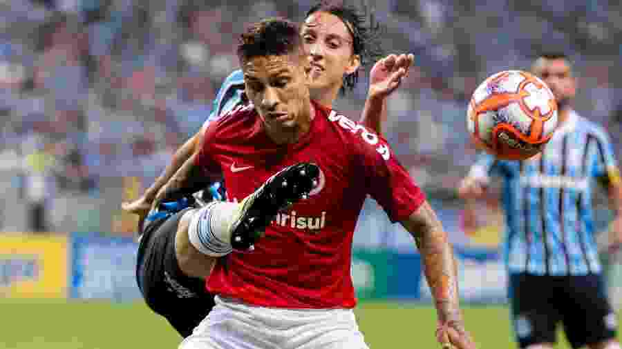 Guerrero, durante partida entre Inter e Grêmio. Colorado ficou com o vice-campeonato - Jeferson Guareze/AGIF