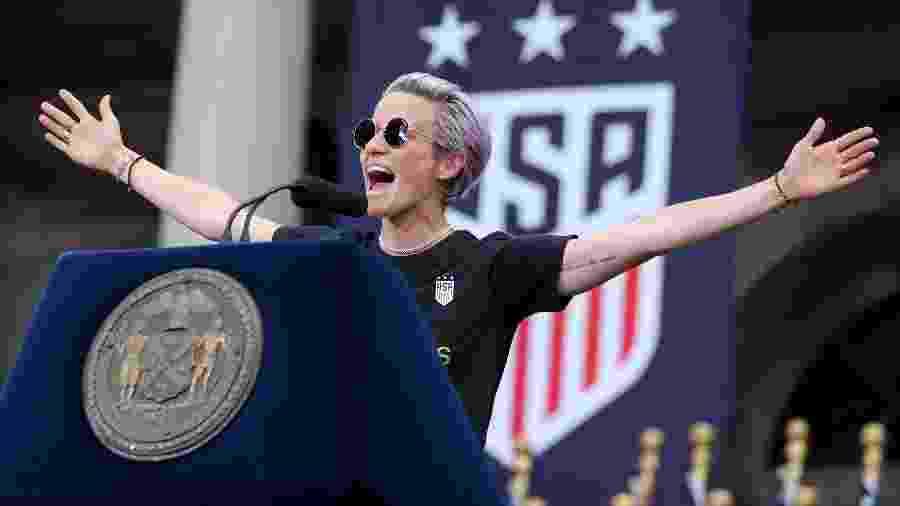 Megan Rapinoe discursa em Nova York após título dos EUA na Copa do Mundo feminina - Brad Penner/USA Today Sports
