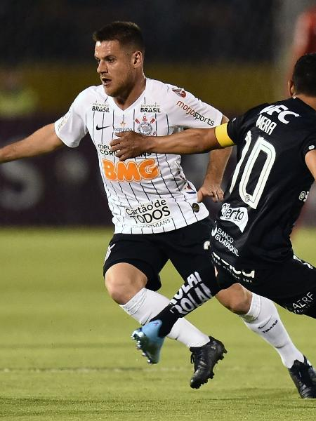 Ramiro, durante partida entre Corinthians e Independiente Del Valle - RODRIGO BUENDIA / AFP