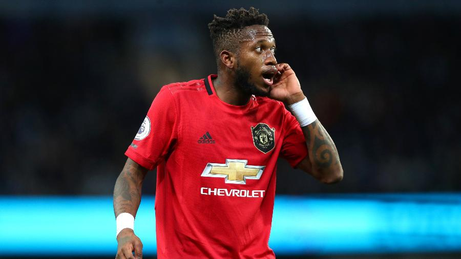 Fred gesticula durante jogo entre Manchester City e Manchester United - Chloe Knott - Danehouse/Getty Images