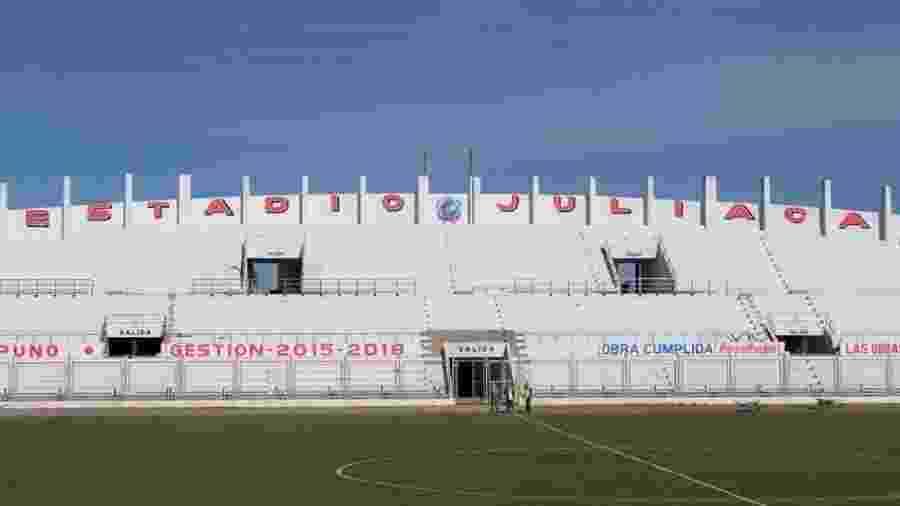 Estádio Guillermo Briceño, em Juliaca, precisa passar por obras para poder receber jogos da Libertadores - Divulgação