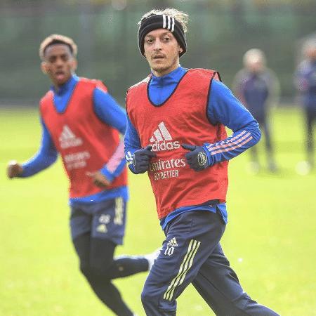 Ozil Confirma Saida Do Arsenal E Chegada Ao Fenerbahce 17 01 2021 Uol Esporte
