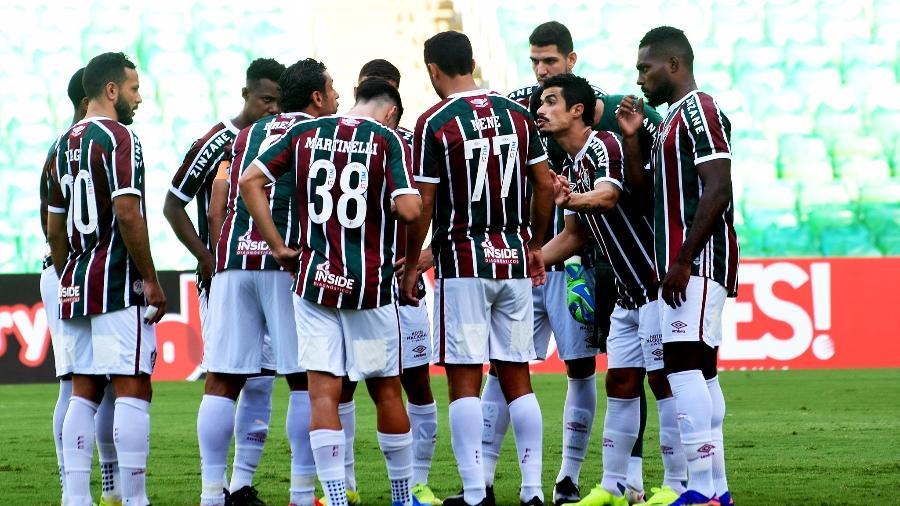 Jogadores do Fluminense conversam antes do clássico com o Botafogo, pelo Carioca - Mailson Santana / Fluminense FC