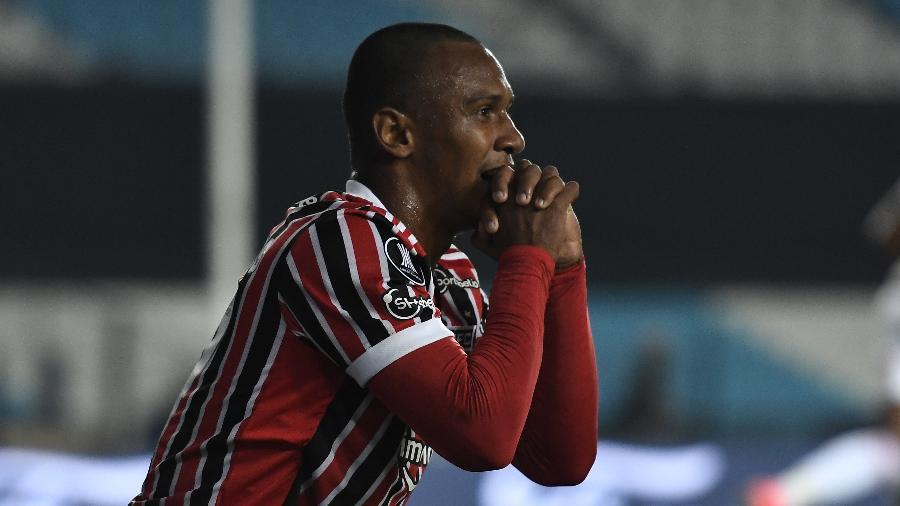 Marquinhos, durante a partida entre São Paulo e Racing - Marcelo Endelli/Getty Images