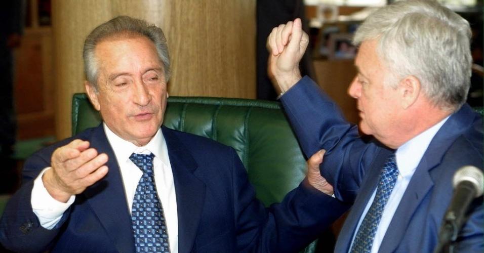 Eugênio Figueredo (à esquerda) acusou Ricardo Teixeira (à direita) de comandar propinas na Conmebol entre 2013 e 2014