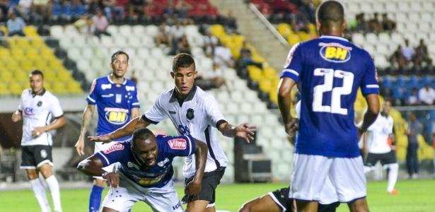 Deivid terá mais de uma semana para ajustar falhas no sistema defensivo do Cruzeiro