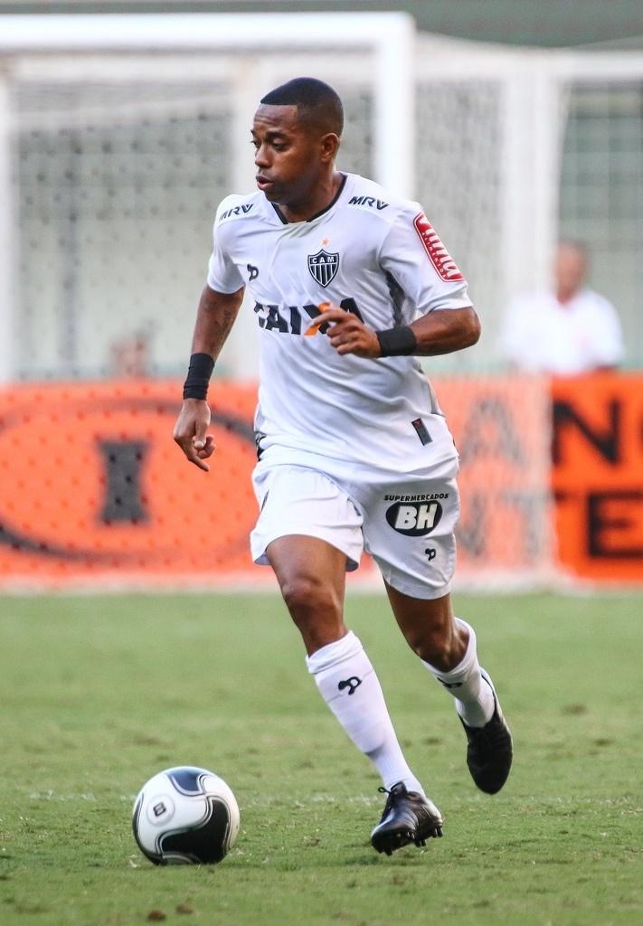 Robinho perdeu pênalti na decisão do Campeonato Mineiro