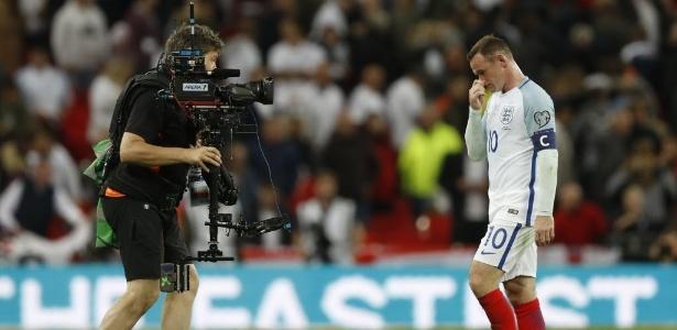 Inglaterra volta atenções para Rooney e se ocupa de debater má fase do ídolo