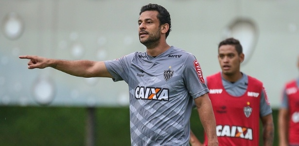 Fred larga na frente na disputa entre os centroavantes do Atlético-MG
