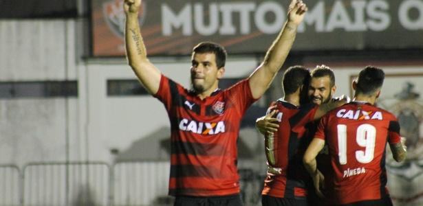 André Lima abriu o caminho para a classificação do Vitória