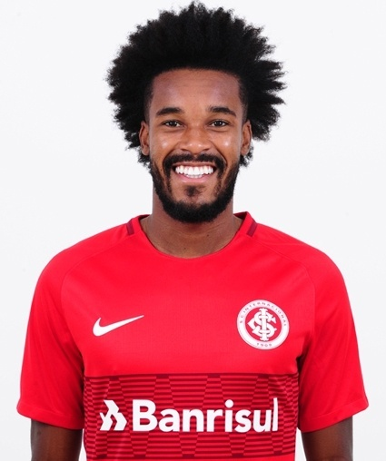 Joanderson de Jesus Assis, atacante do Internacional