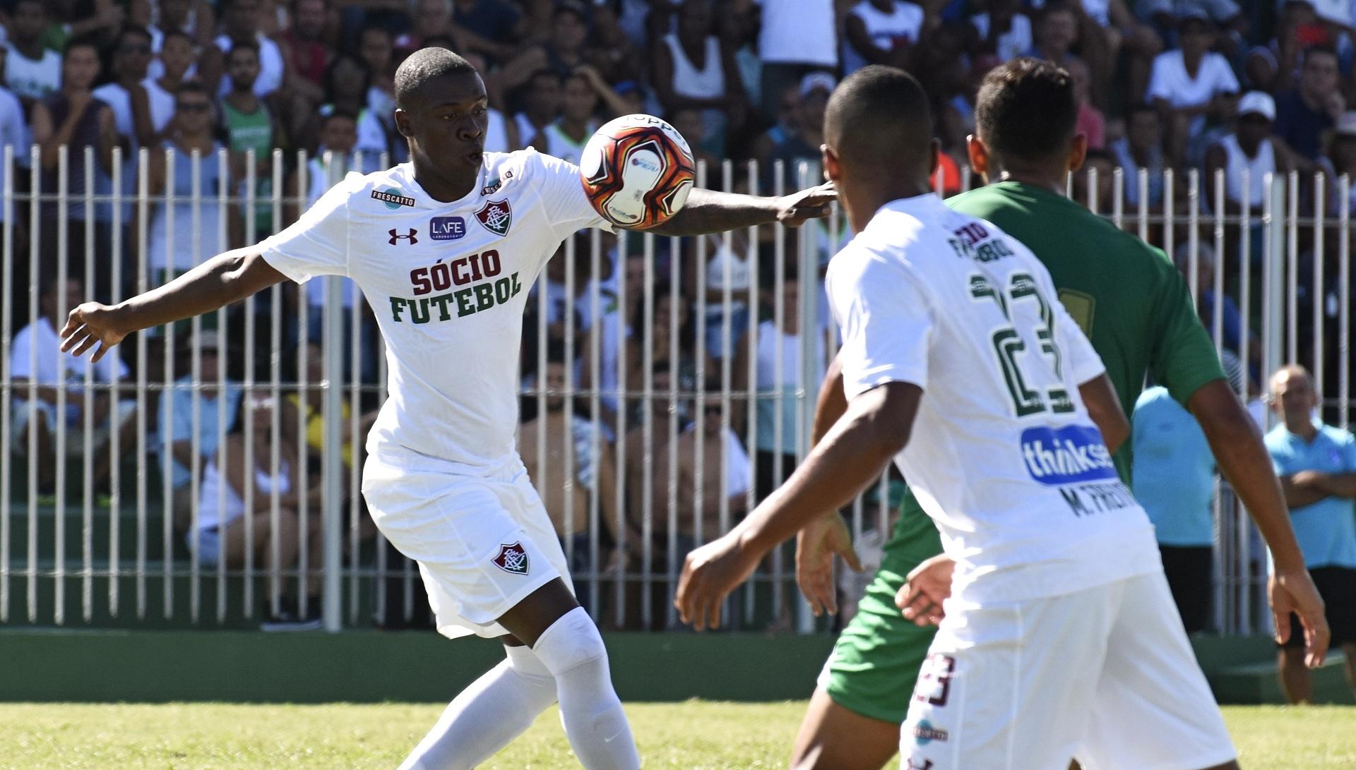 Boavista se aproveita de time cheio de novatos e bate Fluminense por 3 a 1  - 17 01 2018 - UOL Esporte 4bed36f3f48da