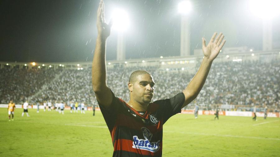 Adriano Imperador pelo Flamengo em 2010 - Caio Guatelli/Folha Imagem/Folhapress