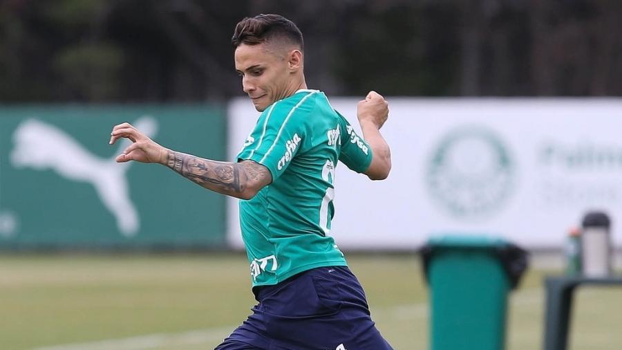 Raphael Veiga tem apenas uma partida na temporada, na vitória sobre o Oeste - Flickr/Palmeiras
