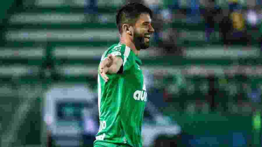 Everaldo comemora gol da Chapecoense contra o Fluminense - Divulgação/Chapecoense