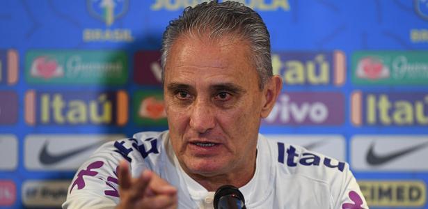 Rumo a novo amistoso | Tite admite pressão por má fase do Brasil, mas nega desespero