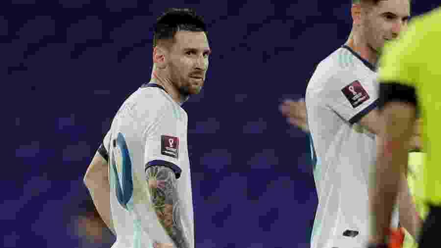 Lionel Messi se revoltou com a arbitragem no empate entre Argentina e Paraguai - REUTERS/Juan Ignacio Roncoroni