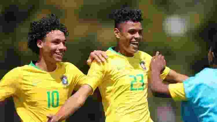 Victor Hugo e Matheusão, do Flamengo, pela seleção sub-15 -  Lucas Figueiredo/CBF -  Lucas Figueiredo/CBF