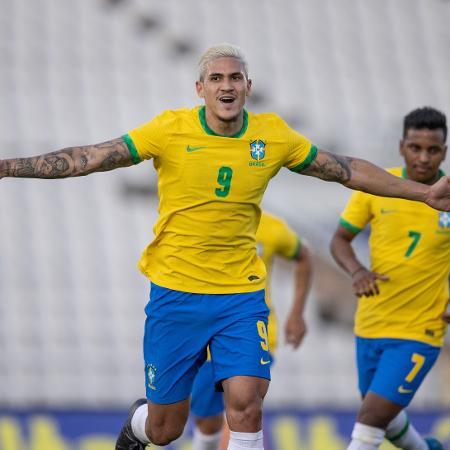 Pedro comemora gol pela seleção olímpica - Ricardo Nogueira/CBF