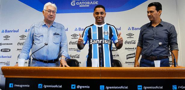 Grêmio contratou Wallace Oliveira (foto) em modelo que pode salvar clube no mercado