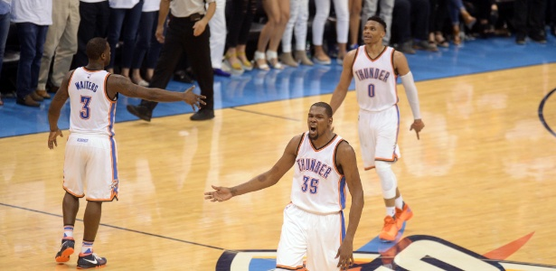 Kevin Durant e Russell Westbrook lideraram o OKC diante do Golden State Warriors - Mark D. Smith/USA Today Sports