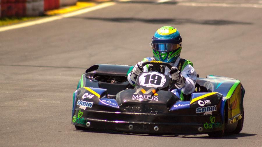 Felipe Massa participa do treino classificatório das 500 Milhas de Kart Granja Viana - Fabricio Vasconcelos/RF1