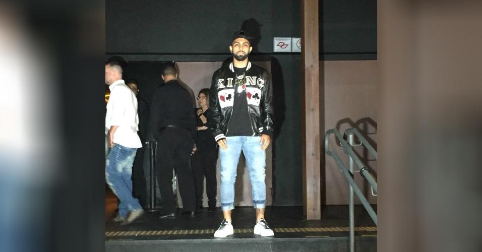 Atacante do Santos e ex-namorado de Rafaella, Gabigol vai a festa de irmã de Neymar