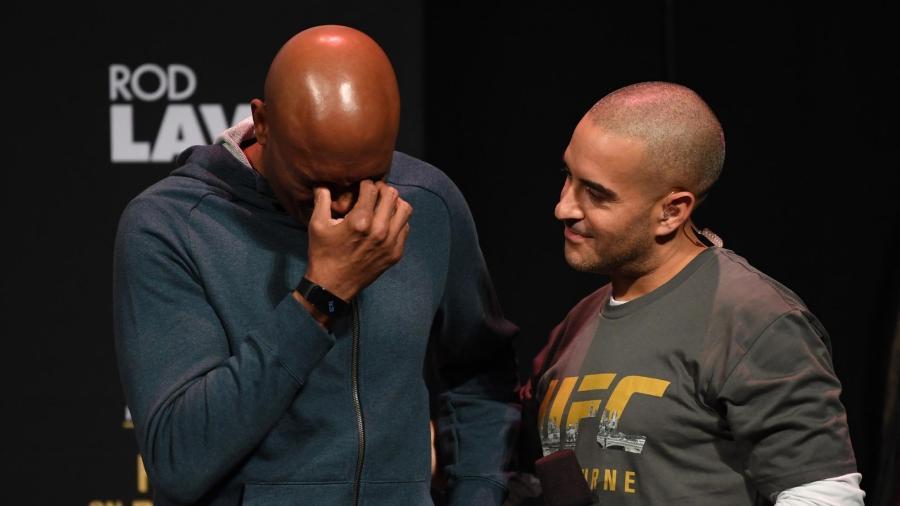 Anderson Silva chora durante pesagem do UFC 234 - Divulgação/UFC