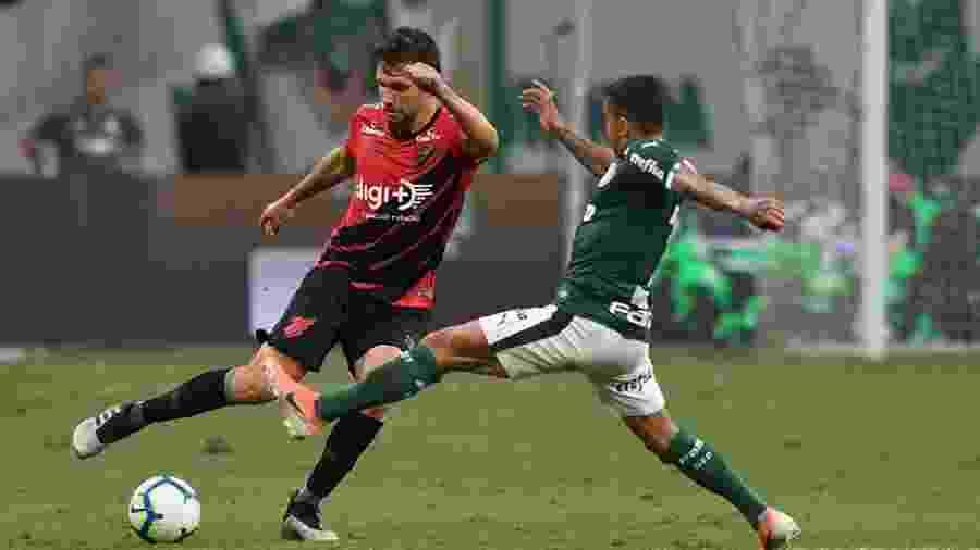 Palmeiras deve ter, assim como Athletico, gramado sintético em seu estádio - @AthleticoPR/Twitter