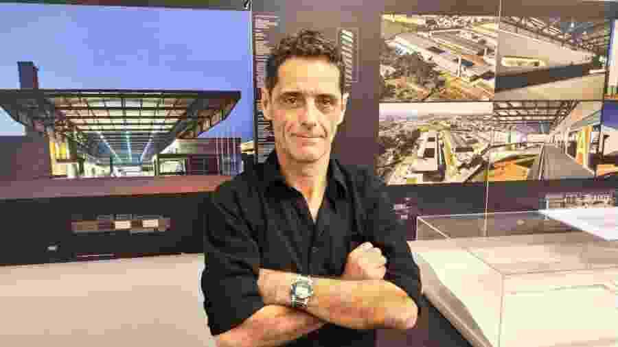 Artur Katchborian, arquiteto contratado pelo Santos para realizar o projeto do retrofit da Vila Belmiro - UOL