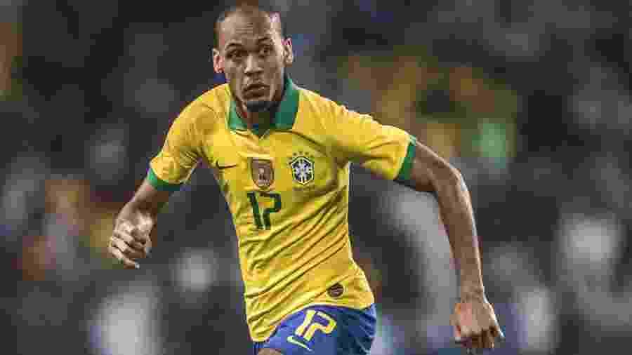 Fabinho avança com a bola em amistoso da seleção brasileira contra a Argentina em Riad - Pedro Martins / MoWA Press
