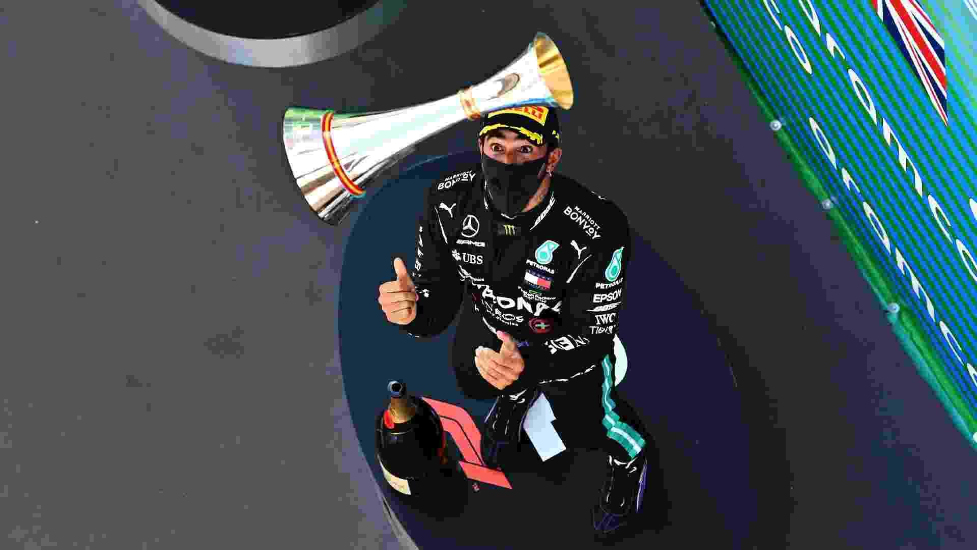 Lewis Hamilton comemora vitória no Grande Prêmio da Espanha - Clive Mason - Formula 1/Formula 1 via Getty Images