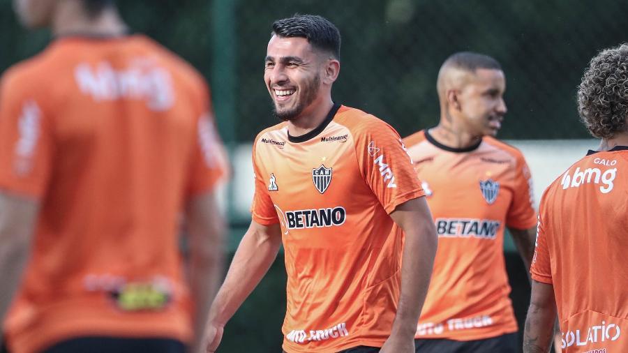 Zagueiro Junior Alonso está perto de completar 50 partidas realizadas com a camisa do Atlético-MG - Pedro Souza/Atlético