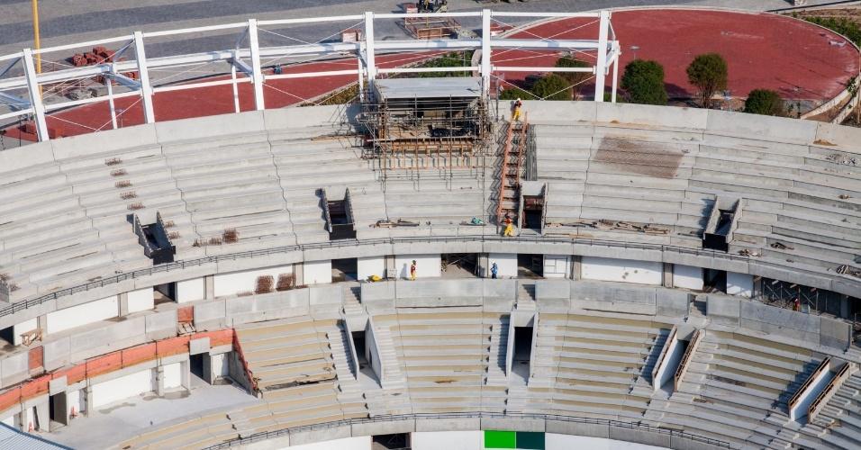 Evento-teste de tênis abre Parque Olímpico em obra inacabada -  Olimpíada-2016 - BOL Notícias 6cd03565c6b1b