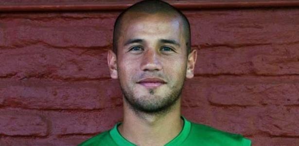 Rodrigo Espíndola tinha 26 anos e defendia o Nueva Chicago. Atleta foi atingido por disparo de arma de fogo durante assalto