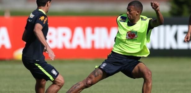 Walace, do Hamburgo, é desejado por Flamengo e Atlético-MG