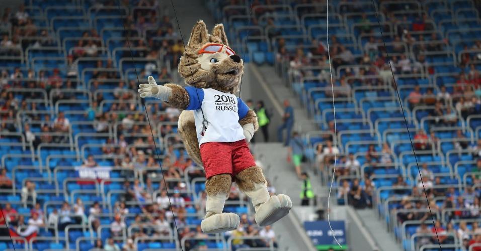 Lobo Zabivaka, mascote da Copa das Confederações e da Copa do Mundo