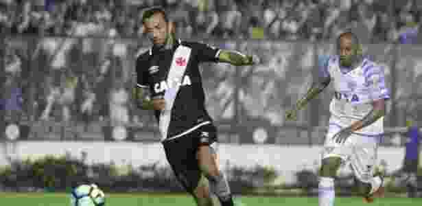 Nenê em ação na partida entre Vasco e Avaí - Paulo Fernandes/Vasco.com.br