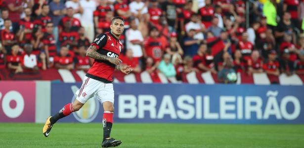 Guerrero recebe o apoio do Flamengo. Clube vai ter reunião com empresários e representantes da federação peruana