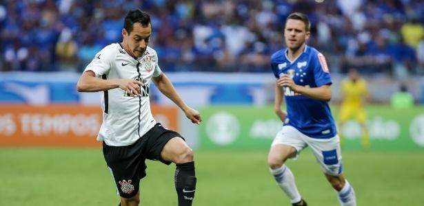 Rodriguinho em ação pelo Corinthians contra o Cruzeiro; clube mineiro monitora o meia - Rodrigo Gazzanel/Ag. Corinthians